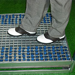 iCleanZone for golf courses and shops - keeps shoes and facilities clean!